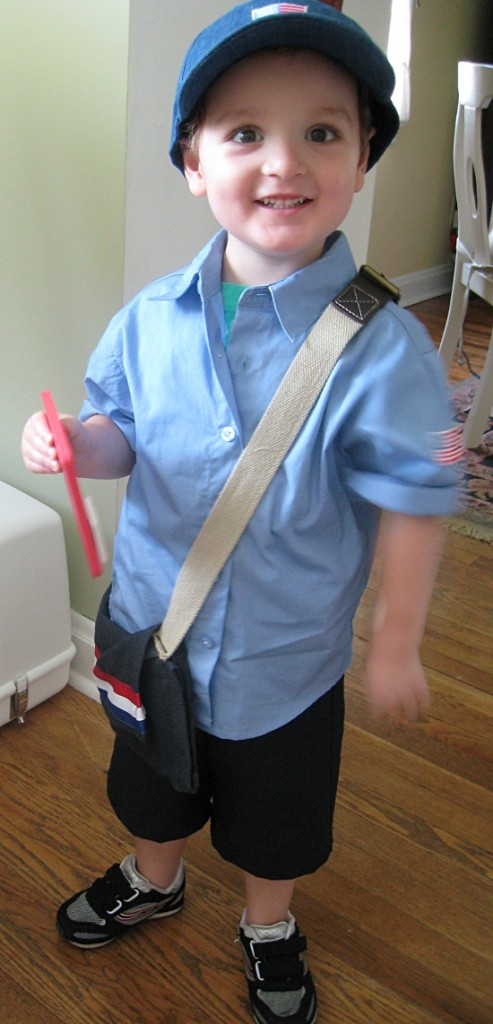 DIY Toddler Mail Carrier Costume