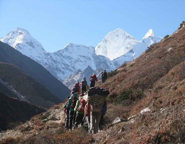 Trekking Mount Everest