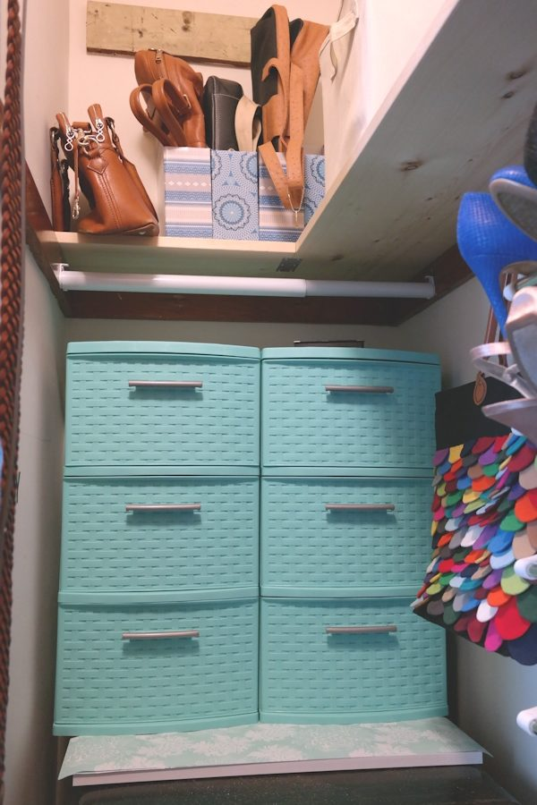 How I optimize wide closets with a single door | Jen Spends Less